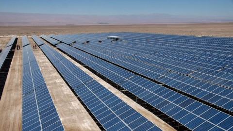 ¿Podemos iluminar el mundo con energia solar?